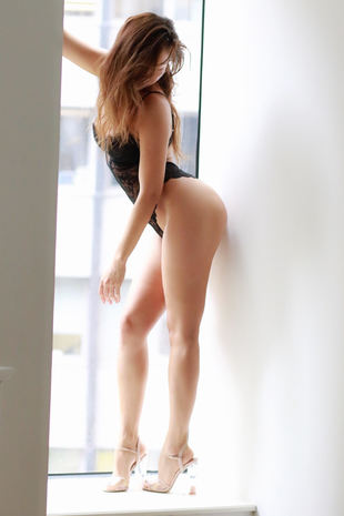 Kristina best Tantra bodywork in NYC