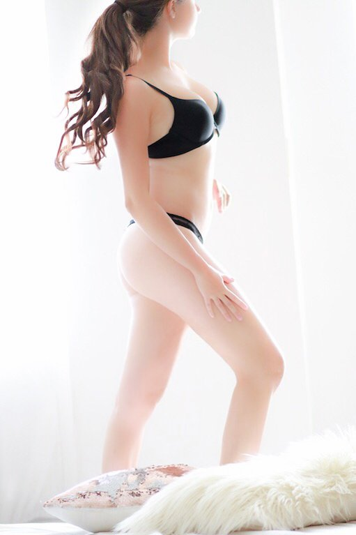 Kristina - sensual massage outcall Manhattan